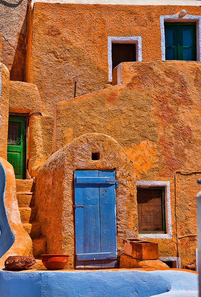 Santorini-Oia-door-summer-house-greece-village-foto-photography-borgo-grecia-destination-typical